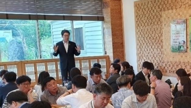 """조명래 환경부 장관 """"인천시 붉은 수돗물은 인재"""""""
