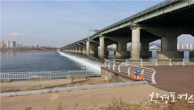 서울시-한국수자원공사, 잠실수중보 활용해 친환경 소수력 발전 공동 개발